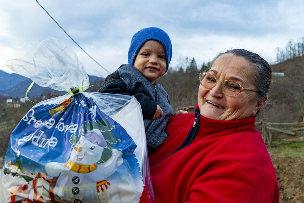 Funky Tours annually organize Newyears gifts for the kids in rural regions of Eastern Bosnia