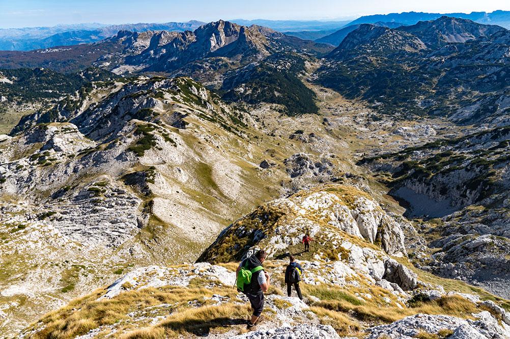 Descent from Zelena glava peak towards Tisovica valley